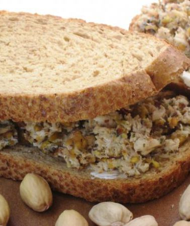 Best recipes with Pistachios + Bread   Foodcombo